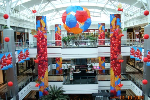 Seasonal shopping mall decoration fall msk reklama for Decoration shopping